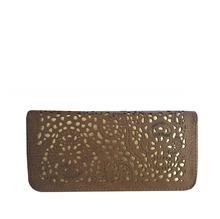 Стилно дамско портмоне изработено от еко кожа