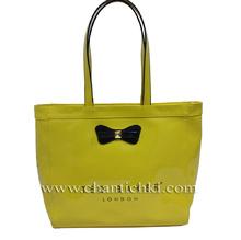 Дамска чанта - лак