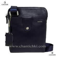 Мъжка чанта  от естествена телешка кожа в тъмно син цвят
