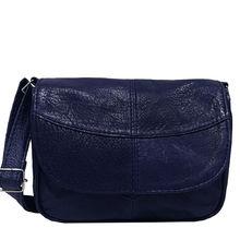 Дамска чанта през рамо в тъмно синьо - естествена кожа